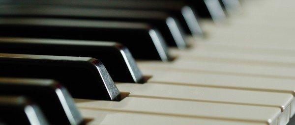piano-keyboard-keys-music-instrument-black-white