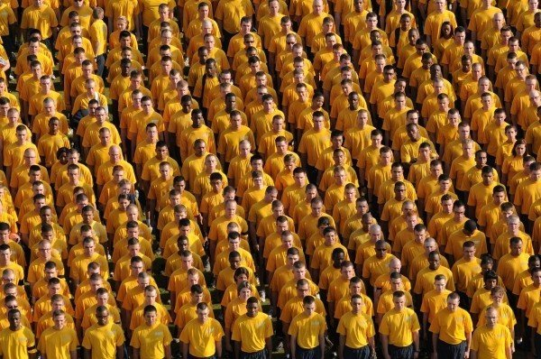 navy-sailors-in-yellow-t-shirts